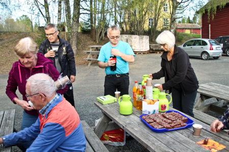 15 Uten Mat Og Drikke..